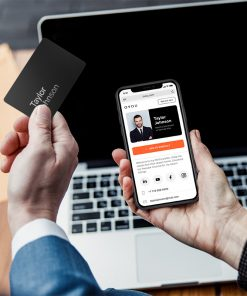 OVOU Card and iPhone